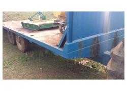 Flat bed farm trailer
