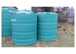 New 2500 litre water tanks