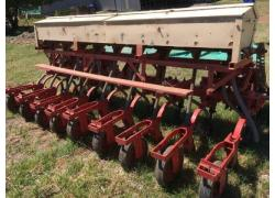 9 row fine seed planter