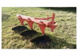 3 Furrow beam plough