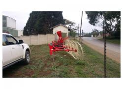 New 4 wheel hay rake