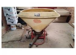 500kg Fertiliser Spreader