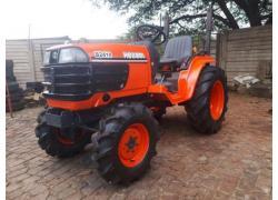 Kubota 2410 4x4 Tractor